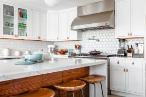 Los 7 trucos para eliminar el olor de comida en casa