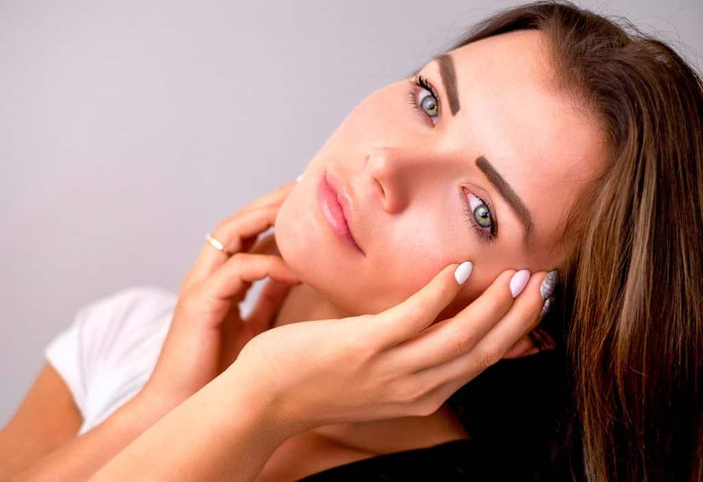 Los alimentos que no debes tomar si sufres dermatitis seborreica