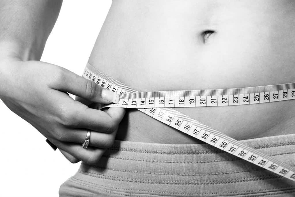 Descubre cuáles son los alimentos que provocan más grasa abdominal