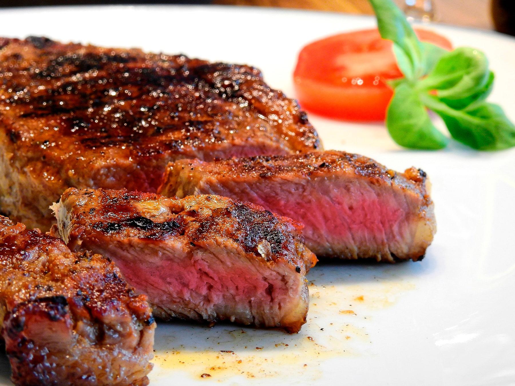 Los 6 errores que no debes cometer al cocinar carne