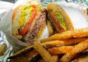 Colesterol alto: Estos son los alimentos prohibidos que debes evitar