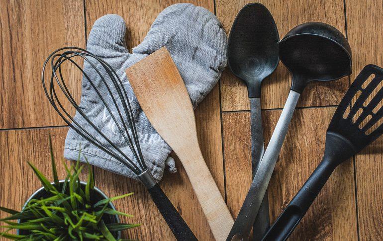 Utensilios de cocina: ¿Qué material es mejor y menos peligroso?