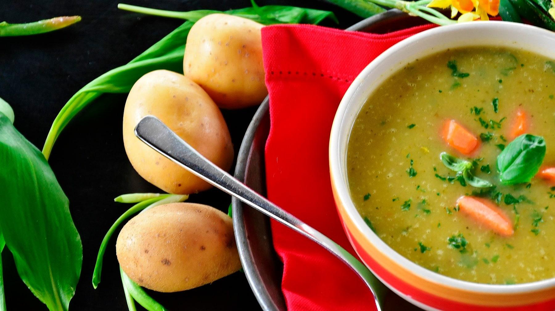 Seis alimentos para cuidar de tu garganta irritada e inflamada