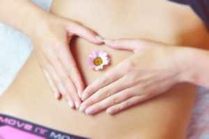 Cinco consejos utiles para calmar y reducir la acidez de tu estomago