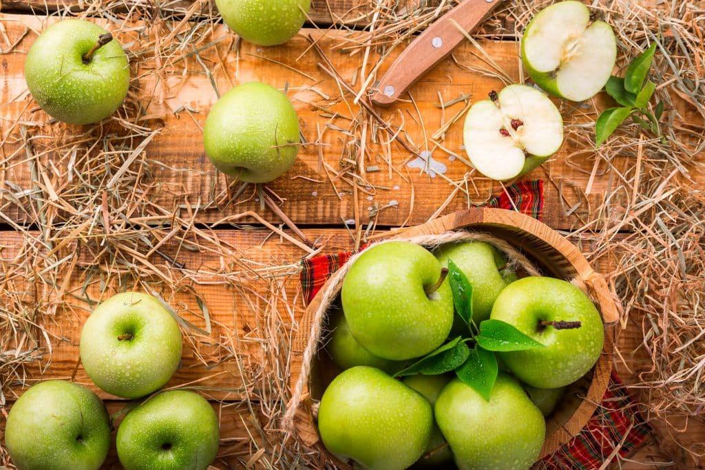 Cinco alimentos ideales para reducir la acidez de tu estómago
