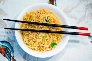 Noodles con pollo y Salsa Teriyaki casera