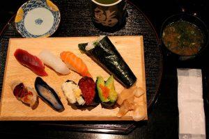 Temaki y otros tipos de sushi