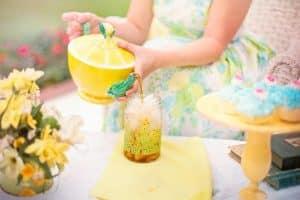 Infusiones frías para el verano, beneficios y cómo prepararlas