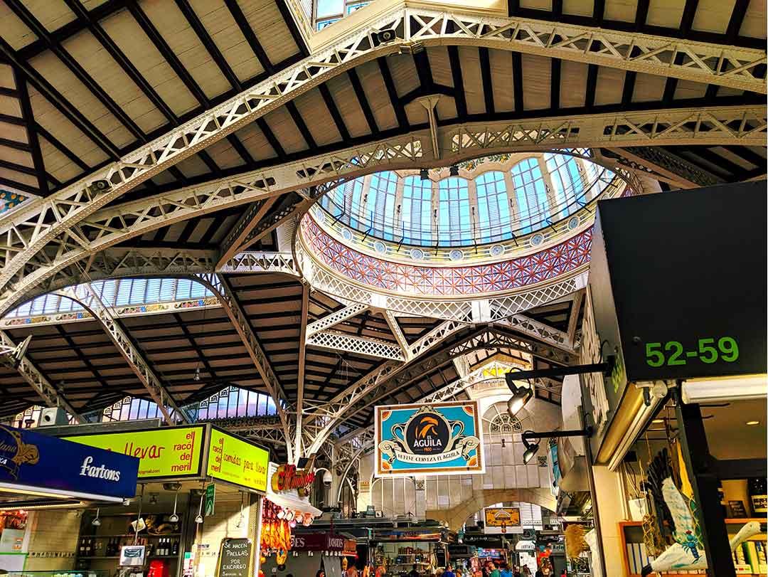 Interior del Mercado Central de Valencia