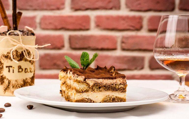Tiramisú, postre de la gastronomía típica de Roma