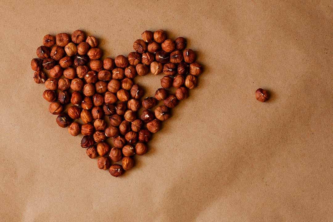 Corazón de avellanas