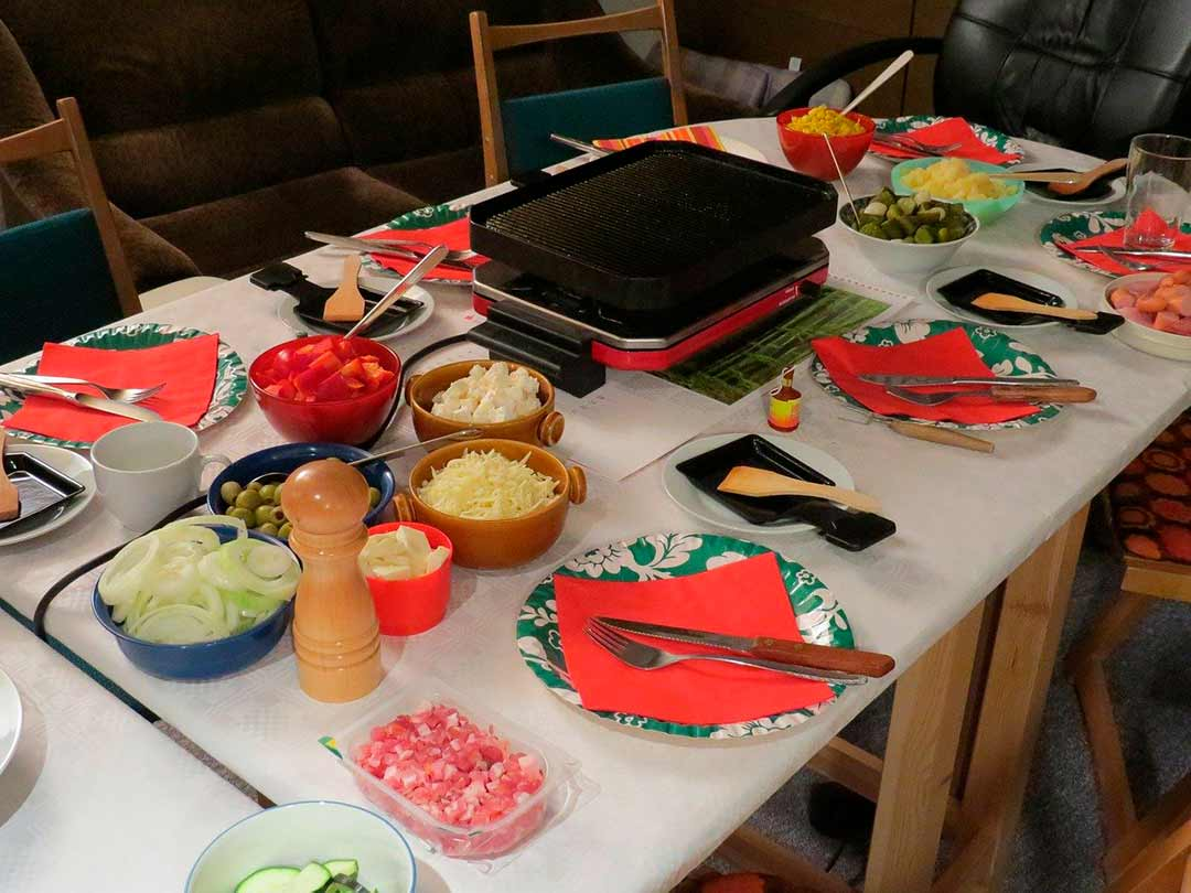 Mesa para comer raclette