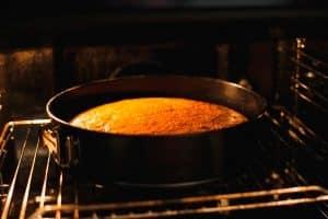 Hacer bizcochos al horno