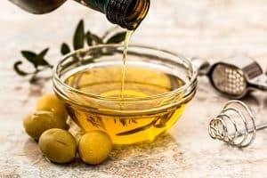 Aceite de oliva, producto DOP de la gastronomía aragonesa