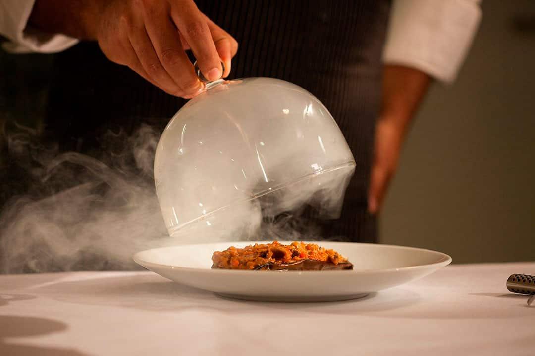 Ahumar comida, tradición y cultura gastronómica en País Vasco