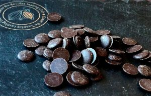 Perlas de chocolate negro puro
