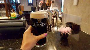 Pinta de cerveza Guinness