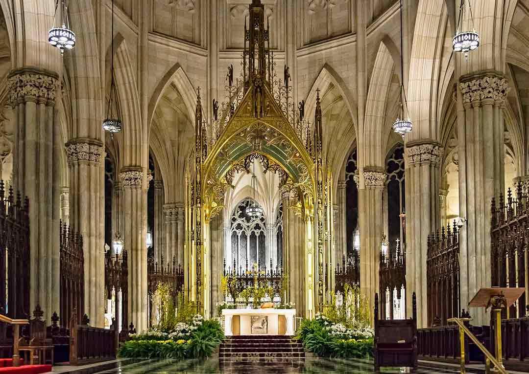 Interior de la Catedral de San Patricio en Dublín