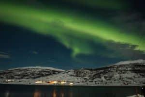 Descubre paisajes únicos y la comida típica de Noruega