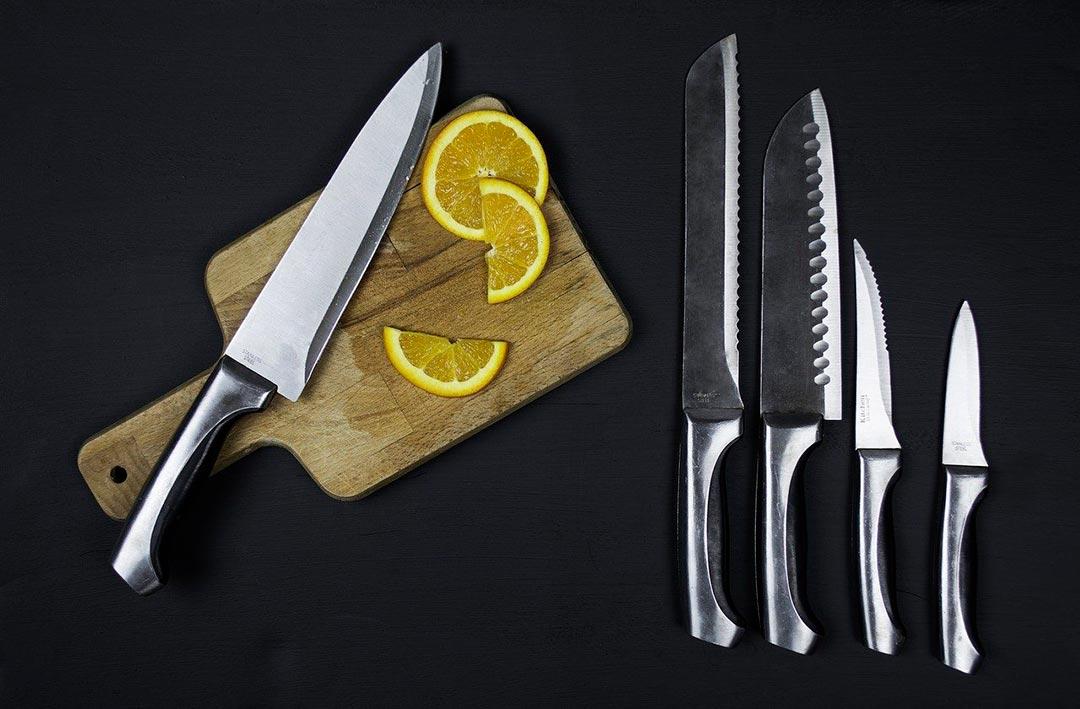Cuchillos, utensilios básicos de cocina