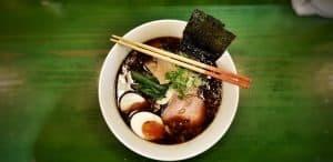 Ramen, plato típico de Tokio y su gastronomía