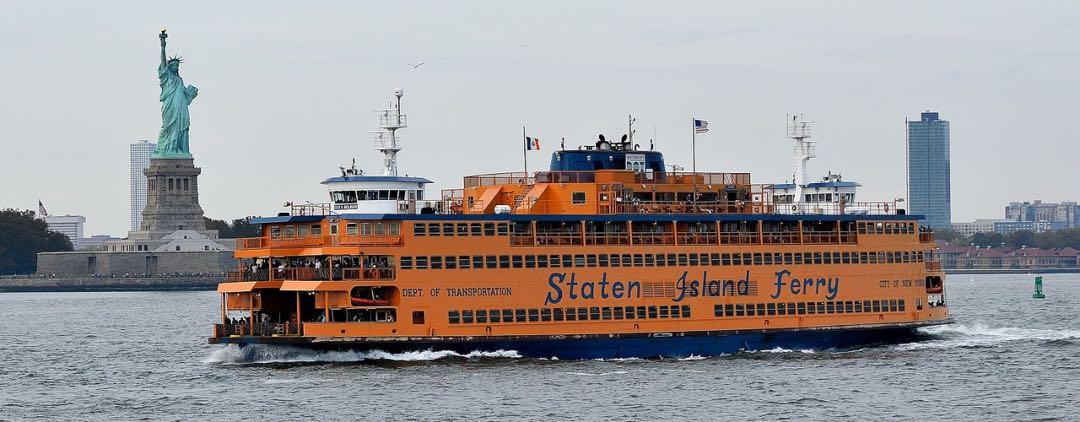 Ferry de State Island