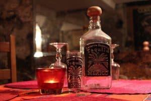 Tequila bebida típica de la gastronomía de México